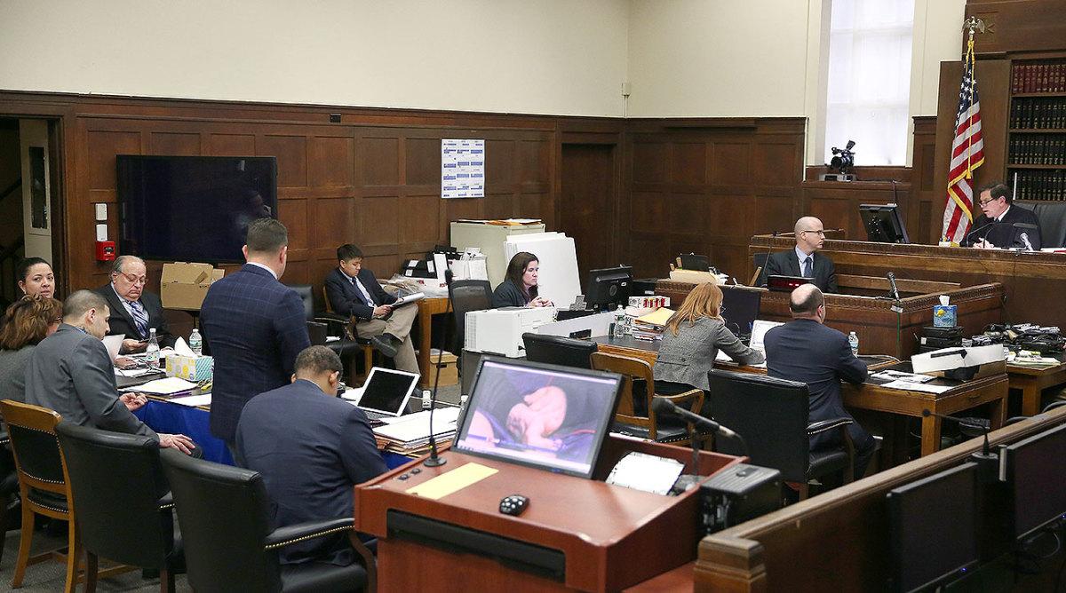 aaron-hernandez-trial.jpg