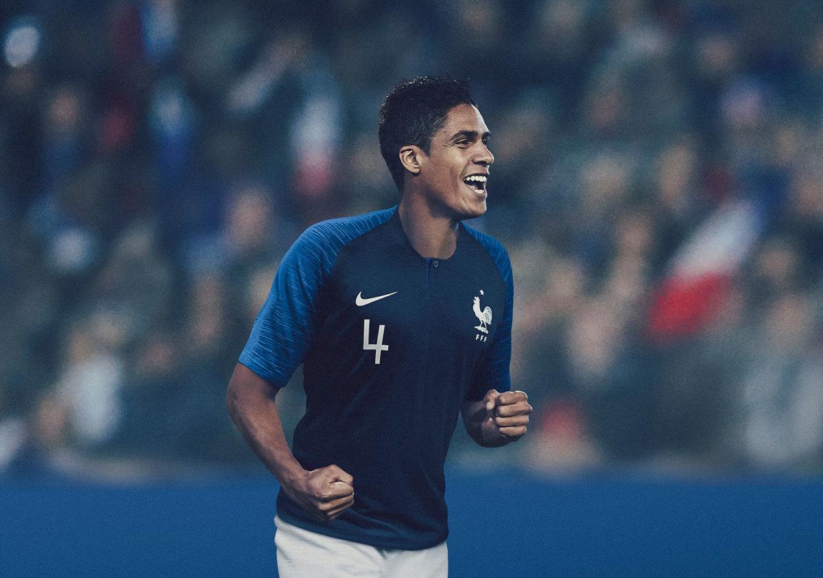 France-Home-Kit-2018.jpg