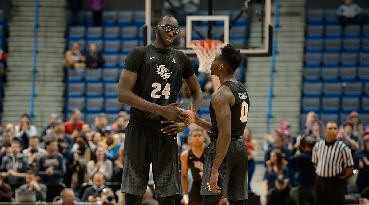 tacko-fall-ucf-1300-mailbag.jpg
