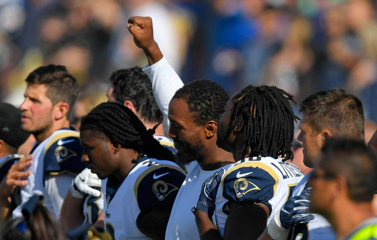 The Rams' Robert Quinn demonstrated during the anthem in L.A.