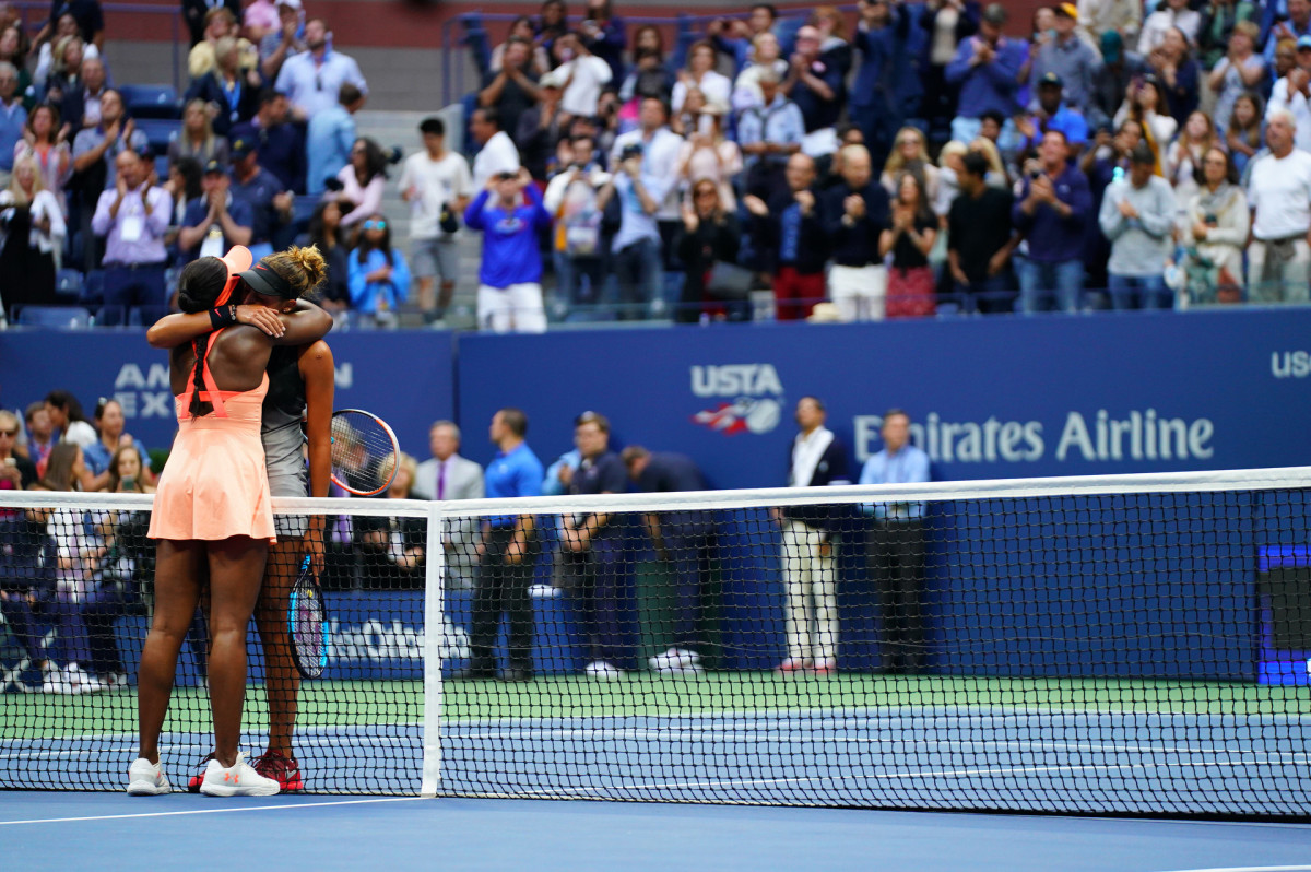 sloane-madison-hug-us-open.jpg