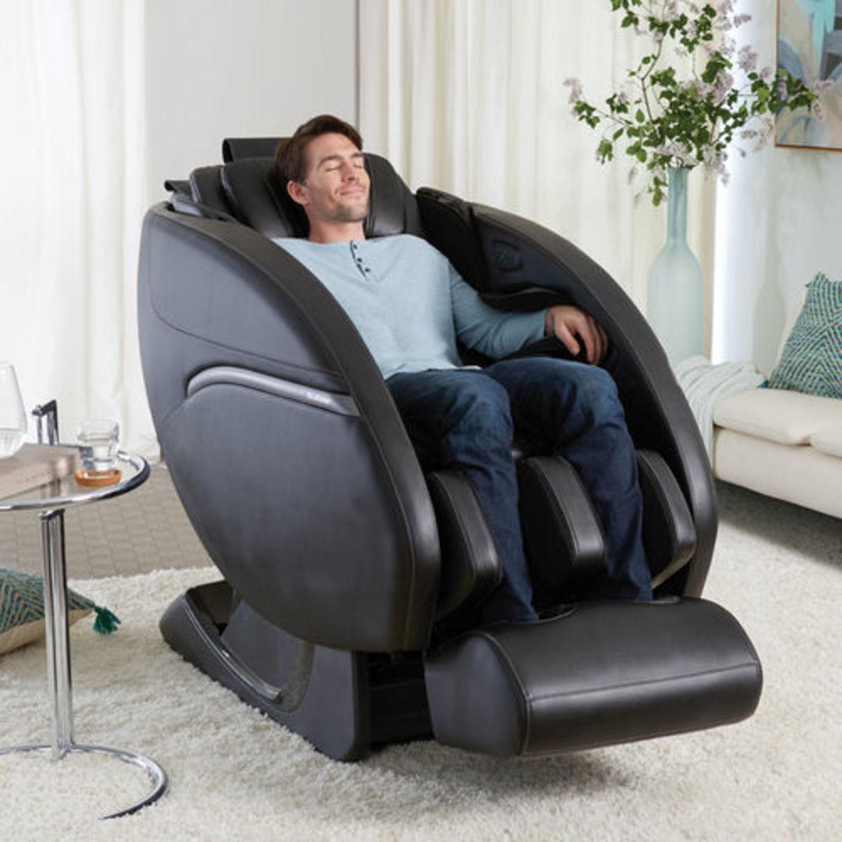massage-chair-brookstone.jpg