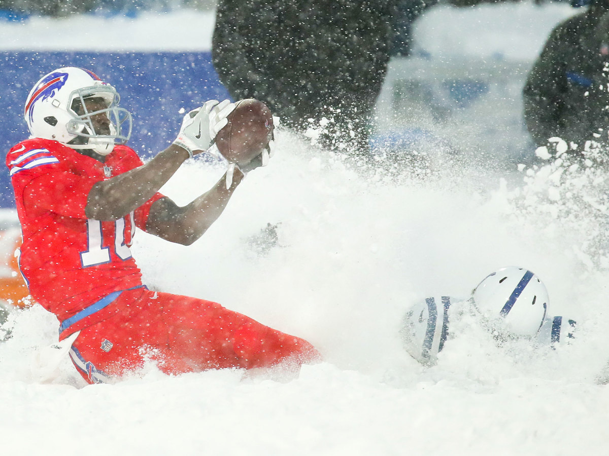 bills-colts-snow-game-cbs-broadcast.jpg
