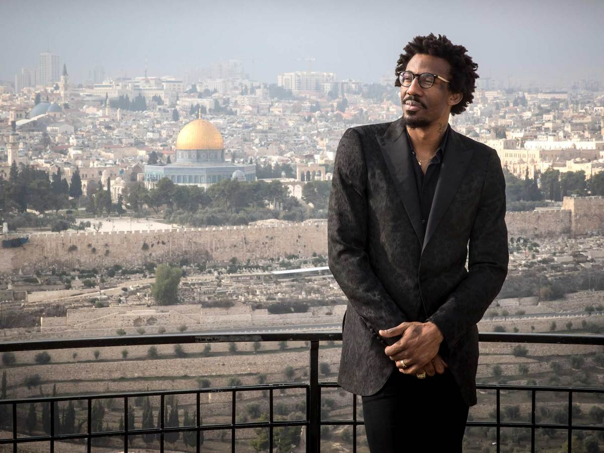 amare-stoudemire-israel-old-city.jpg