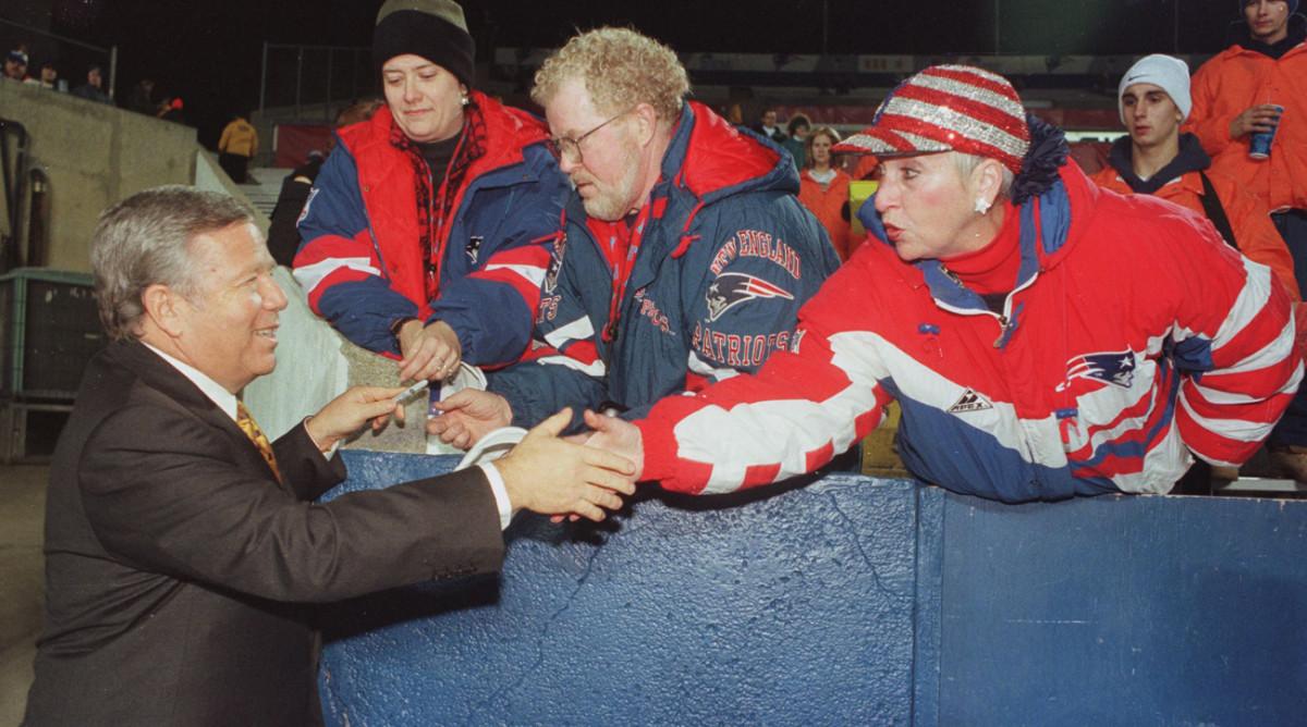 patriots-move-to-hartford-bob-kraft-fans-1998.jpg