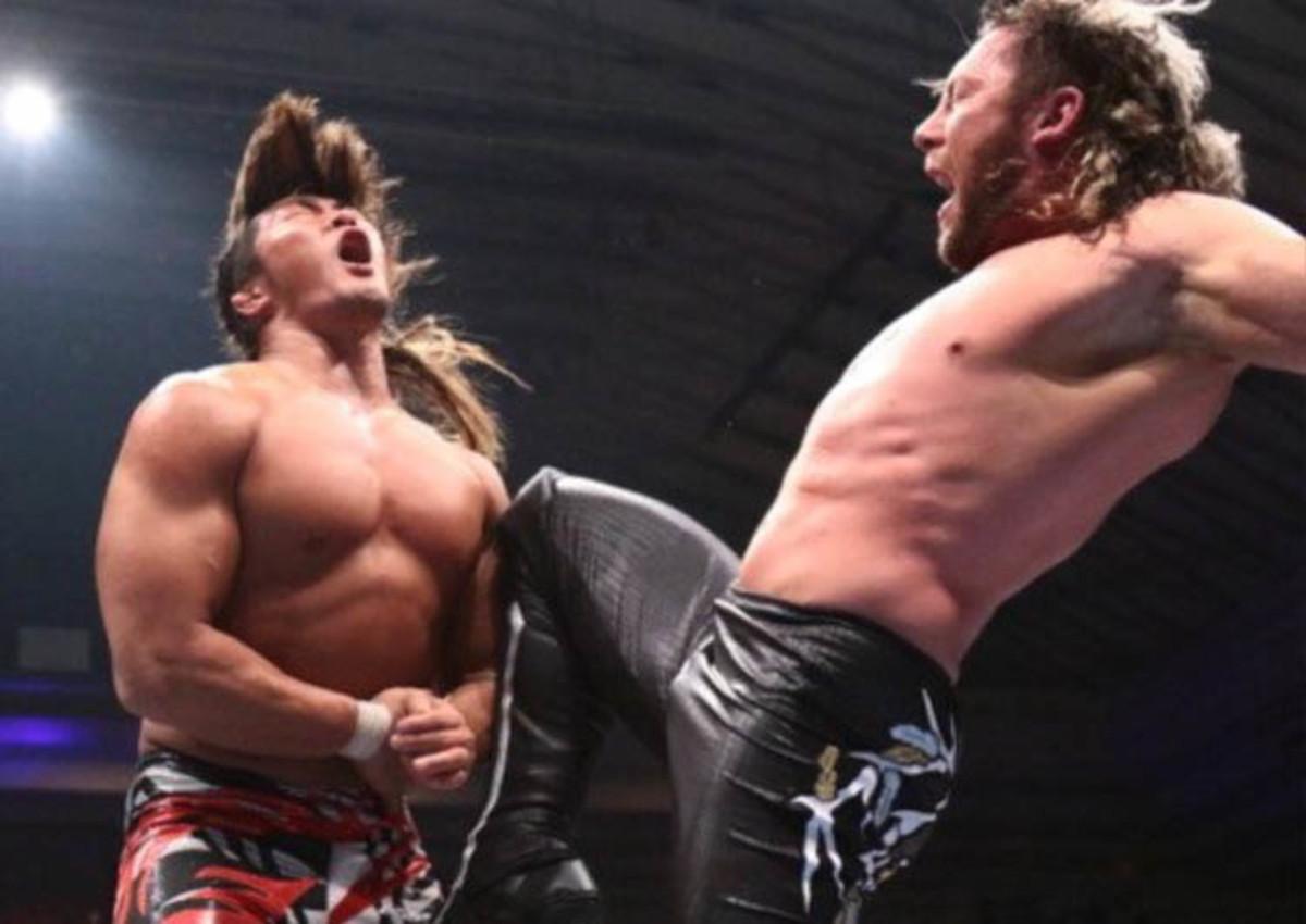 Courtesy_Kenny Omega_knee to Tanahashi.jpg