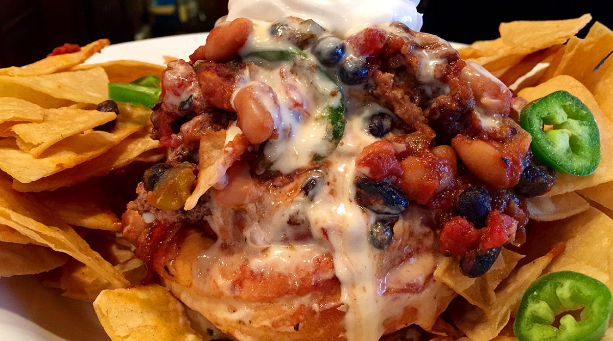 What, you've never heard of chili and cinnamon rolls together?!