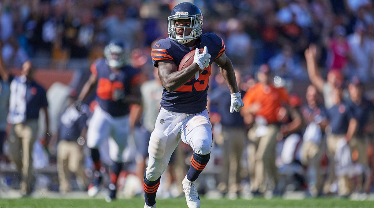 Bears running back Tarik Cohen is overflowing with energy on and off the field.