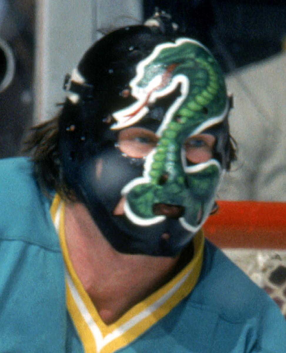 1970s-Gary-Simmons-goalie-mask.jpg