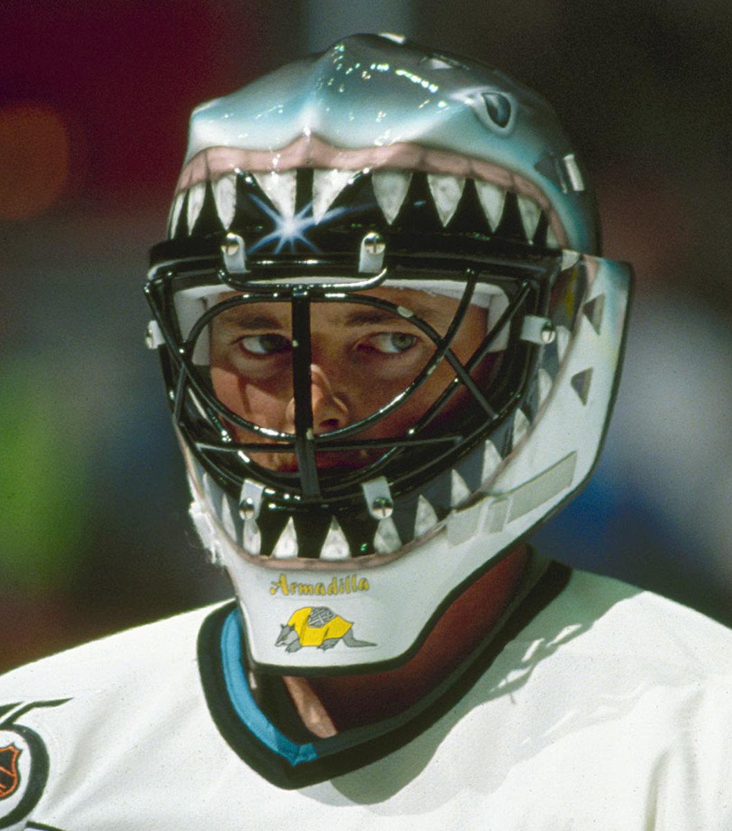 1991-92-Brian-Hayward-goalie-mask.jpg