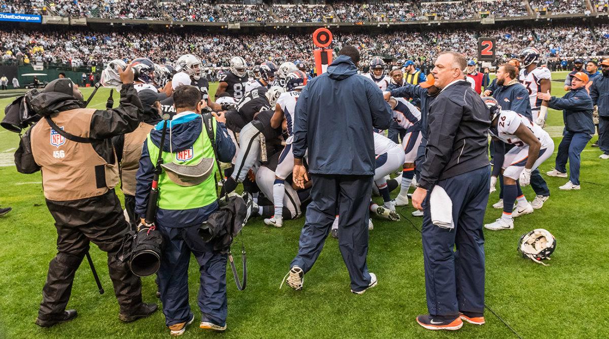 Raiders-Broncos-Brawl.jpg