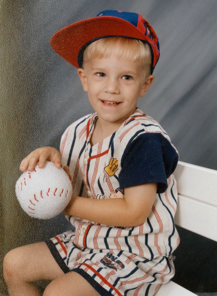 Noah-Syndergaard-childhood-079117669.jpg