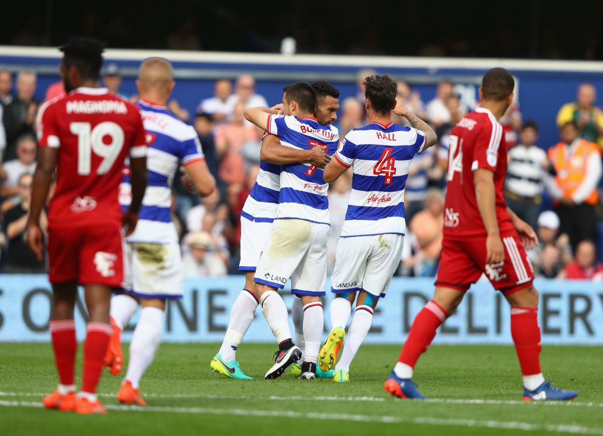 LONDON, ENGLAND - SEPTEMBER 24:  Steven Caulker of QPR celebrates scoring a goal during the Sky Bet Championship match between Queens Park Rangers and Birmingham City  at Loftus Road on September 24, 2016 in London, England.  (Photo by Ian Walton/Getty Images)