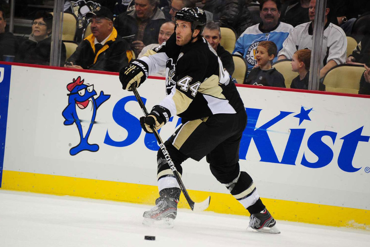 Brooks Oprik with the Penguins in 2012.