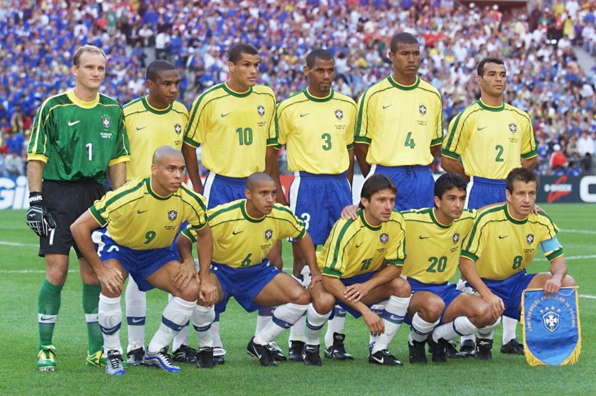CUP-FR98-BRA-FRA-BRAZILIAN TEAM