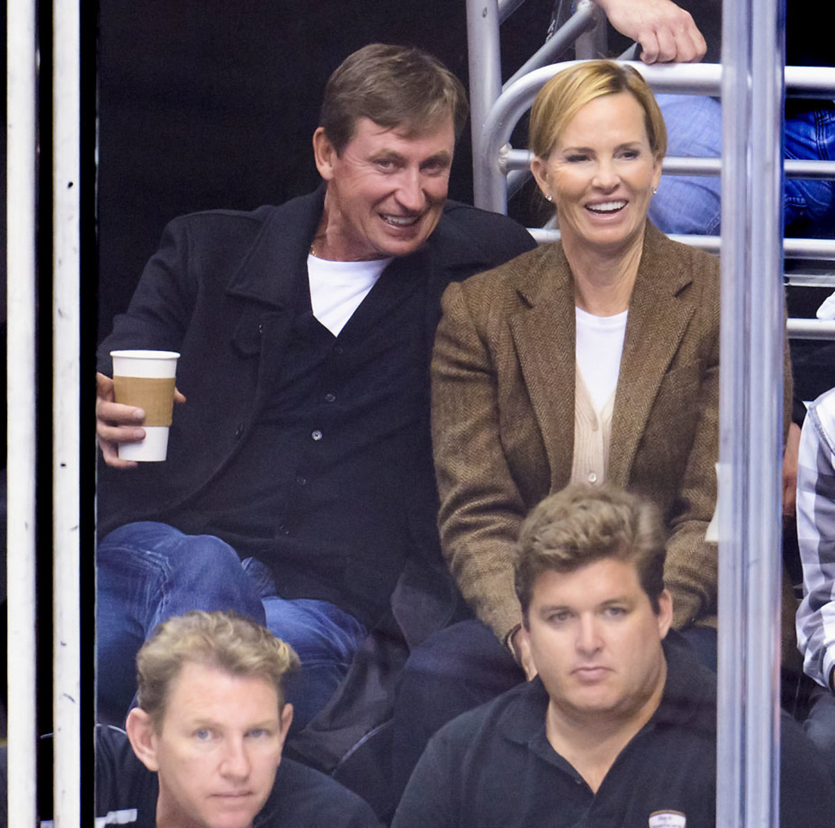2013-Wayne-Gretzky-Janet-Jones.jpg