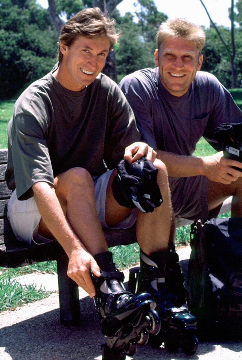 1996-Wayne-Gretzky-Brett-Hull.jpg