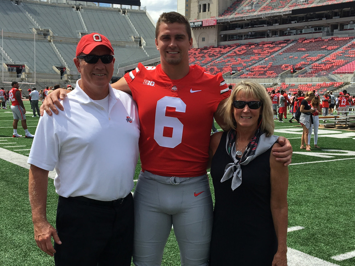 Hubbard's Big Ten-caliber size was a surprise to his parents, neither of whom are over six feet tall.