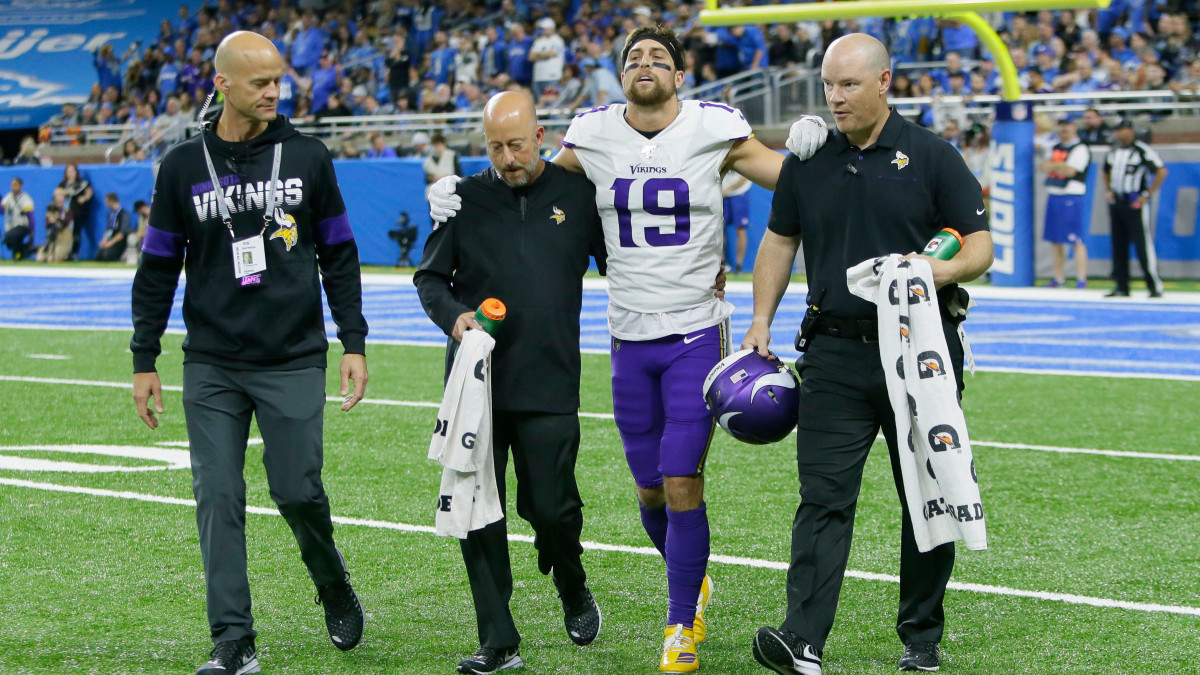 Thielen further aggravated his hamstring injury in the Vikings' Week 9 loss to the Chiefs.