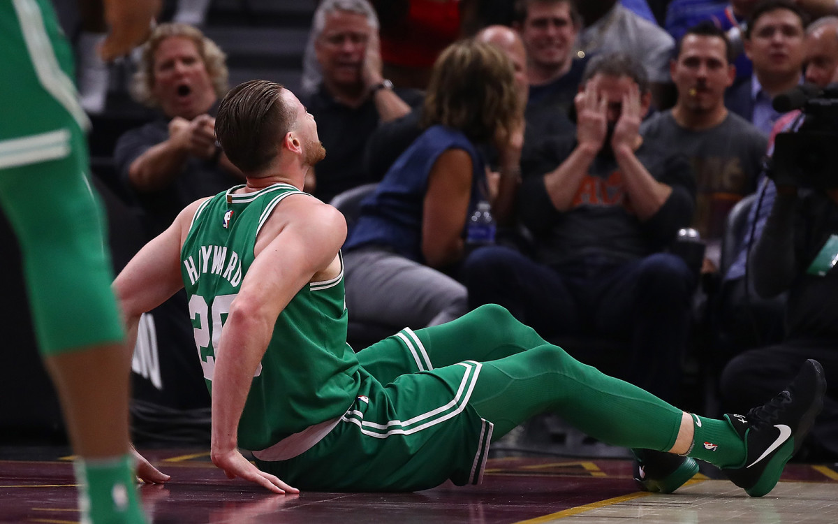 gordon-hayward-injury-celtics.jpg