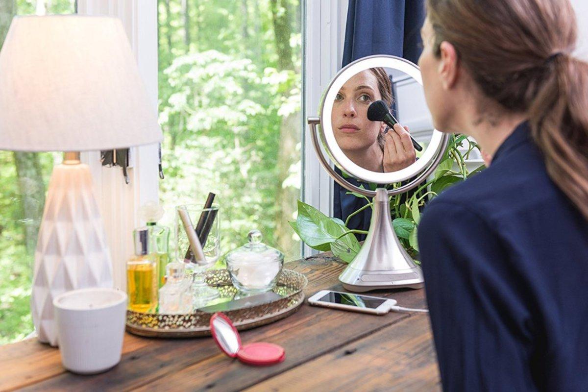 ihome-vanity-mirror.jpg