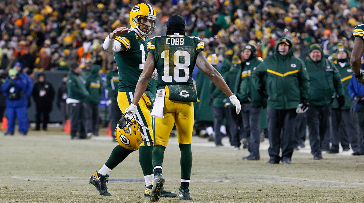 Aaron Rodgers and Randall Cobb connected five times for 116 yards and three touchdowns against the Giants.
