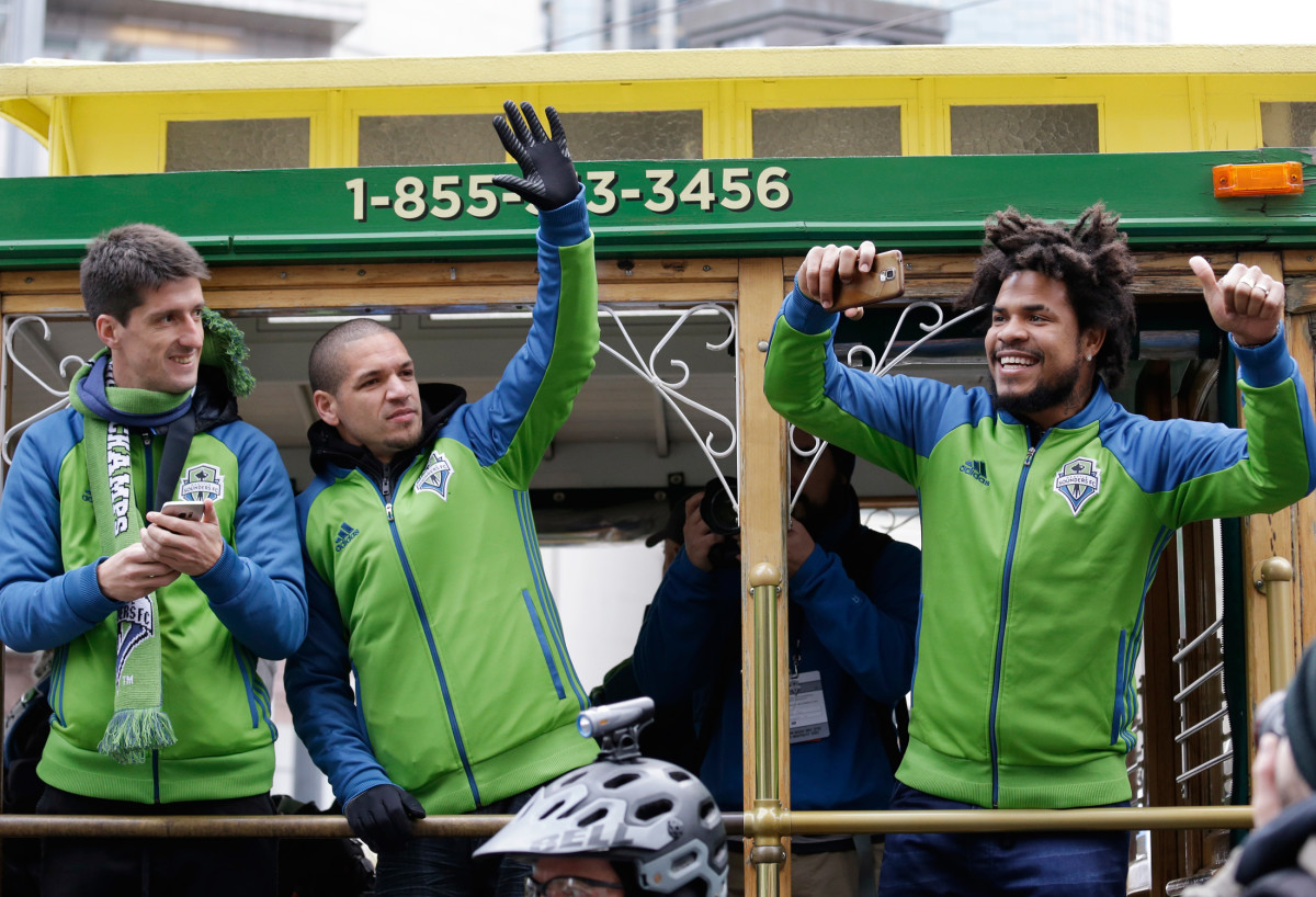 Sounders-Players-MLS-Cup-Parade.jpg