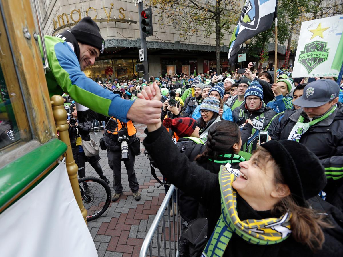 Sounders-Fan-MLS-Cup-Parade.jpg