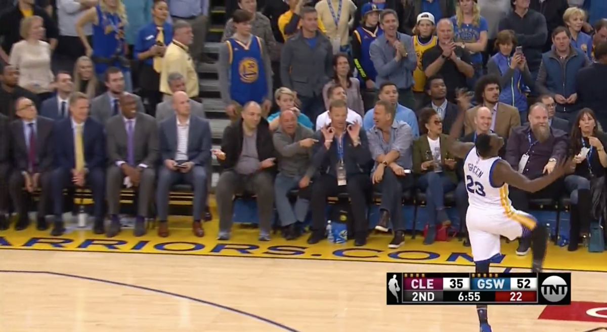 After committing a flagrant foul on LeBron, Draymond Green mocks him for flailing