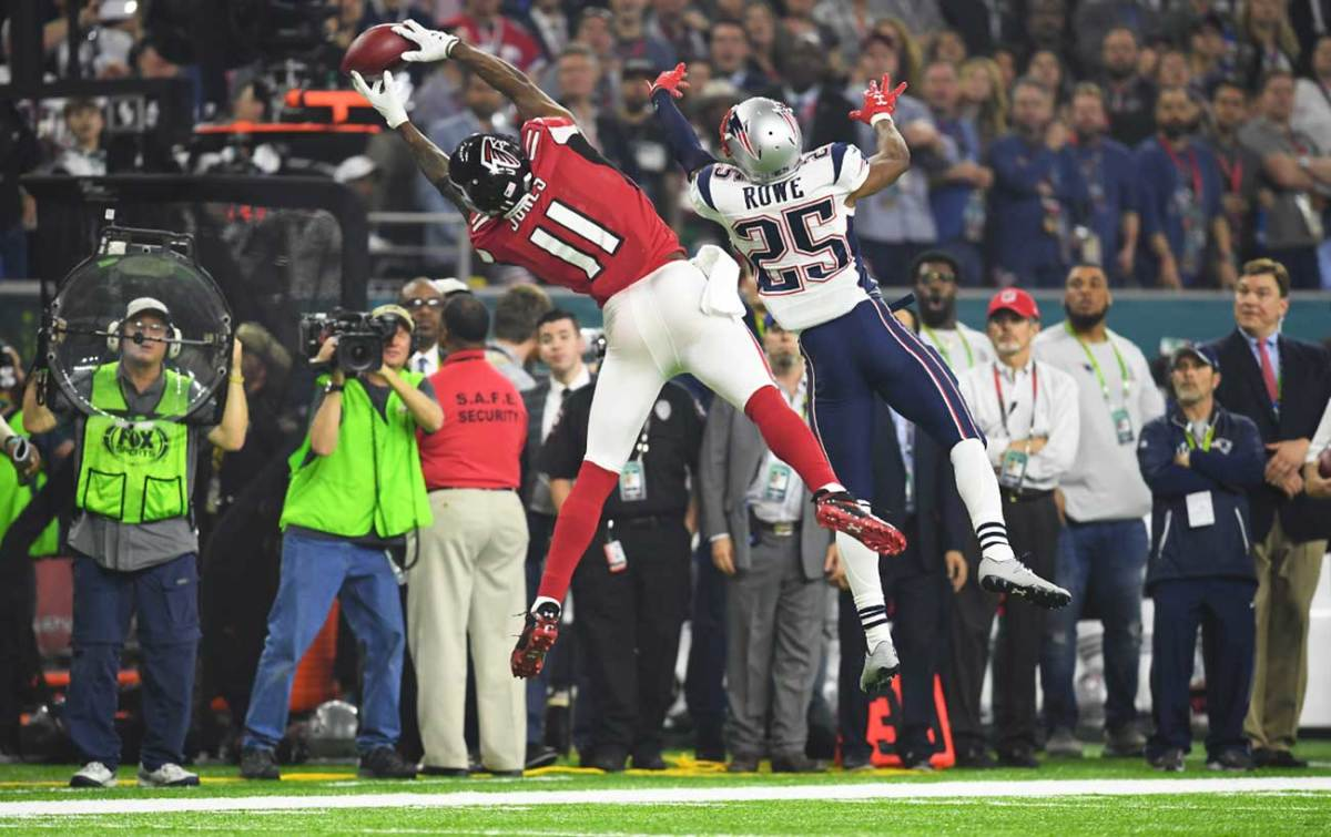 Julio Jones' sideline catch late in the fourth quarter was overshadowed by the Patriots' 25-point comeback.