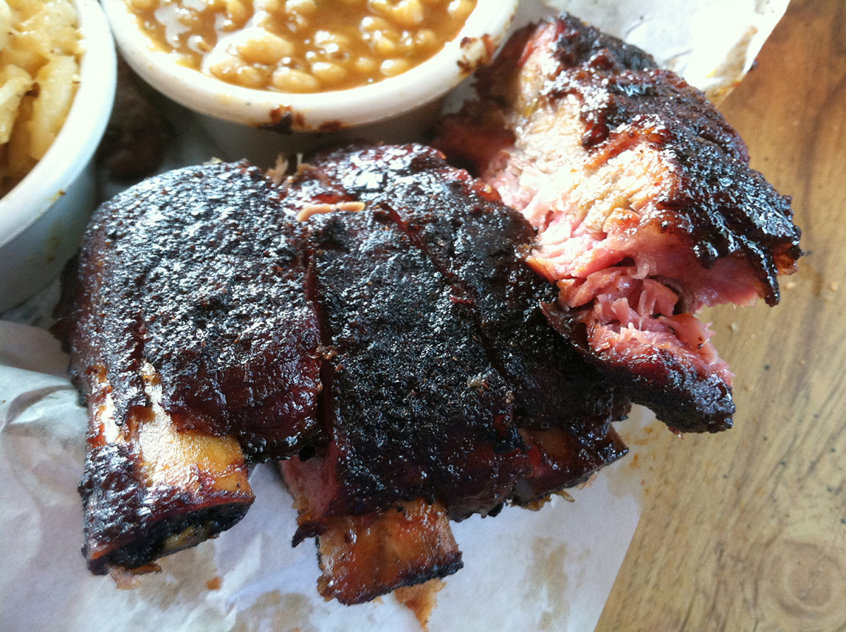 the-joint-ribs-new-orleans-food-guide.jpg