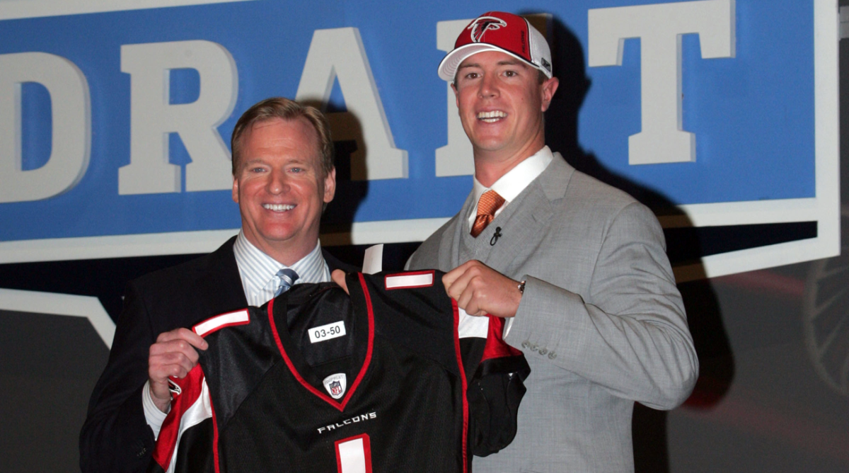 Roger Goodell and Matt Ryan at the 2008 NFL draft.