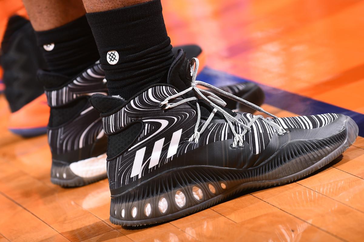 kevon-looney-adidas-sneakers.jpg