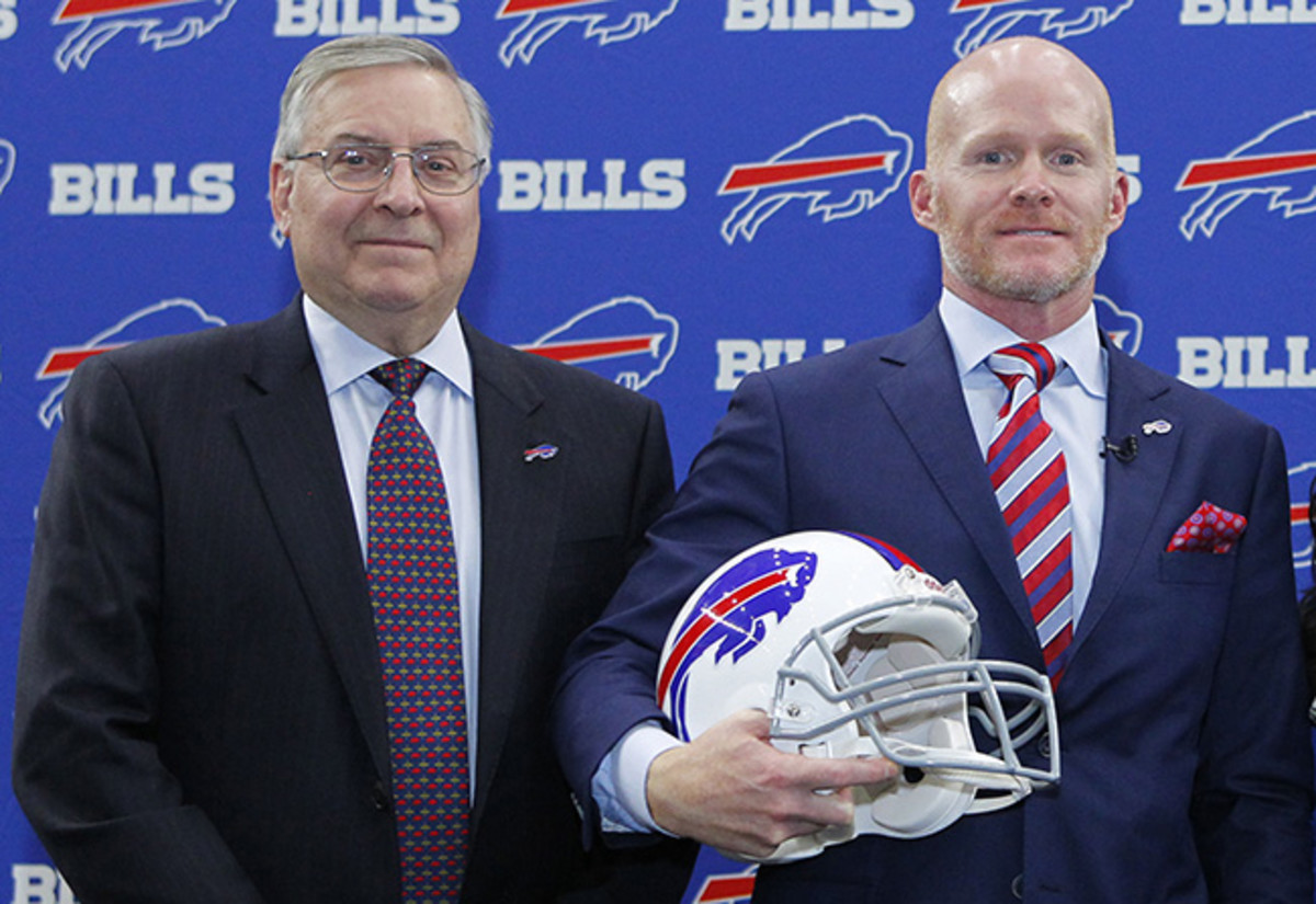 First-time head coach McDermott (right) now has the reigns of Pegula's franchise.