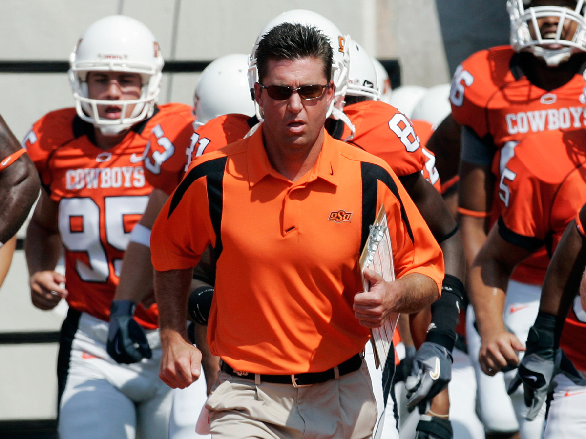 Gundy turned Oklahoma State's 49–45 win over Texas Tech in September 2007 into a secondary headline with his postgame rant about an article in that day's Oklahoman.