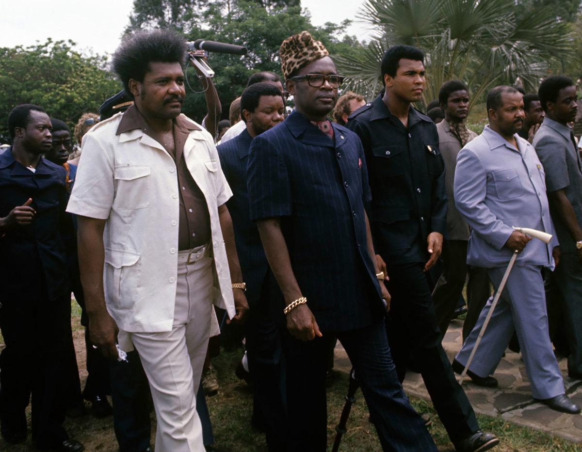 1974-1028-Don-King-Zaire-President-Mobutu-Sese-Seku-Muhammad-Ali-079008649.jpg