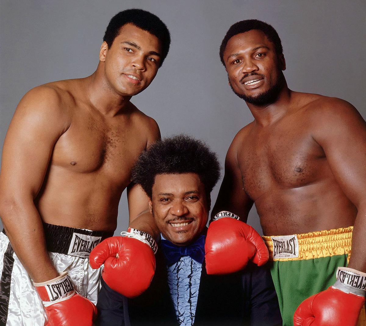 1975-0825-SI-cover-Don-King-Muhammad-Ali-Joe-Frazier-001351874.jpg