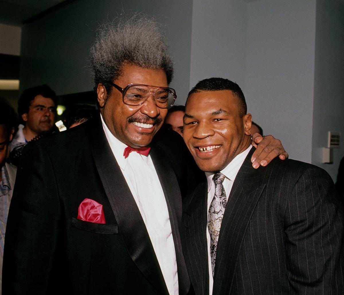 1990-0430-Don-King-Mike-Tyson-079006258.jpg