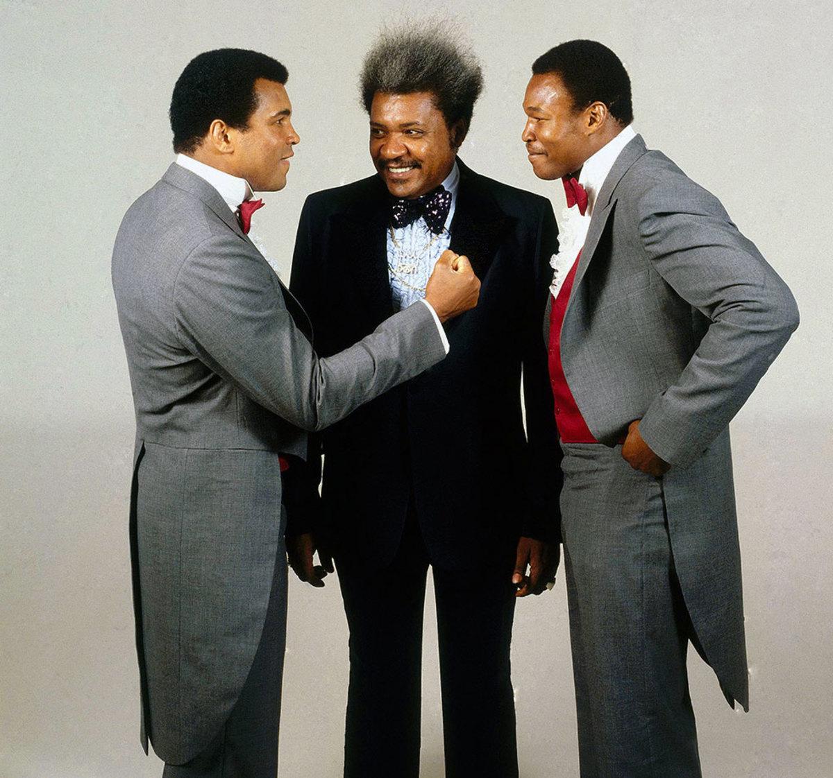 1980-0916-Muhammad-Ali-Don-King-Larry-Holmes-079008322.jpg