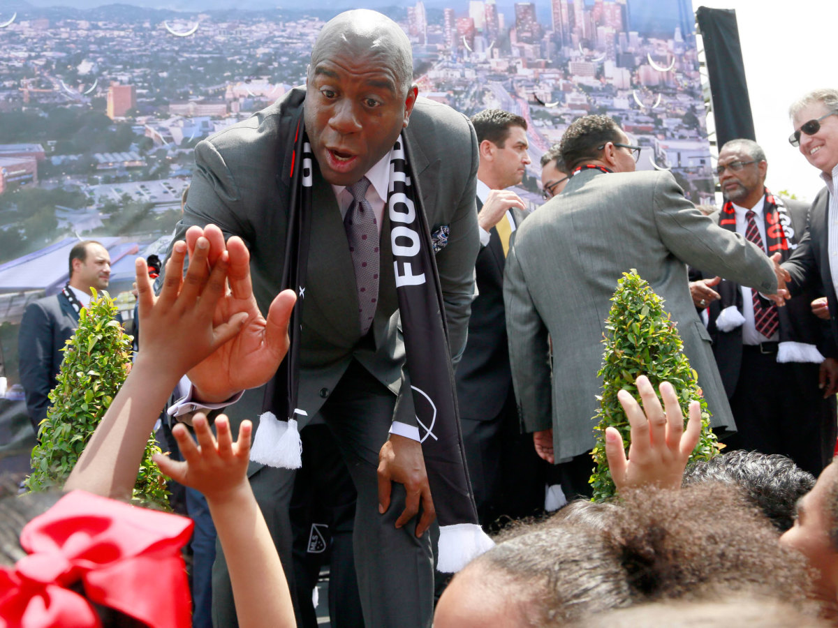 magic-johnson-lafc.jpg