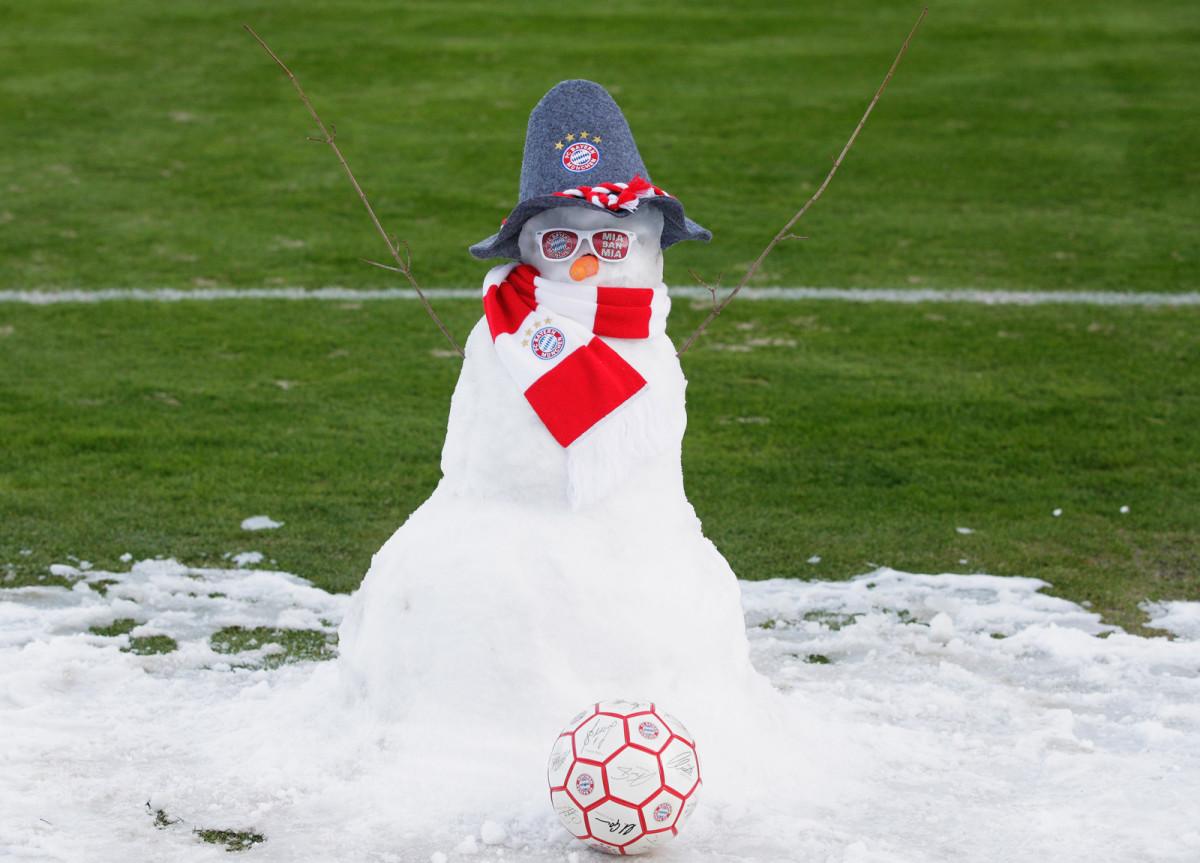 bayern-snowman-snow.jpg