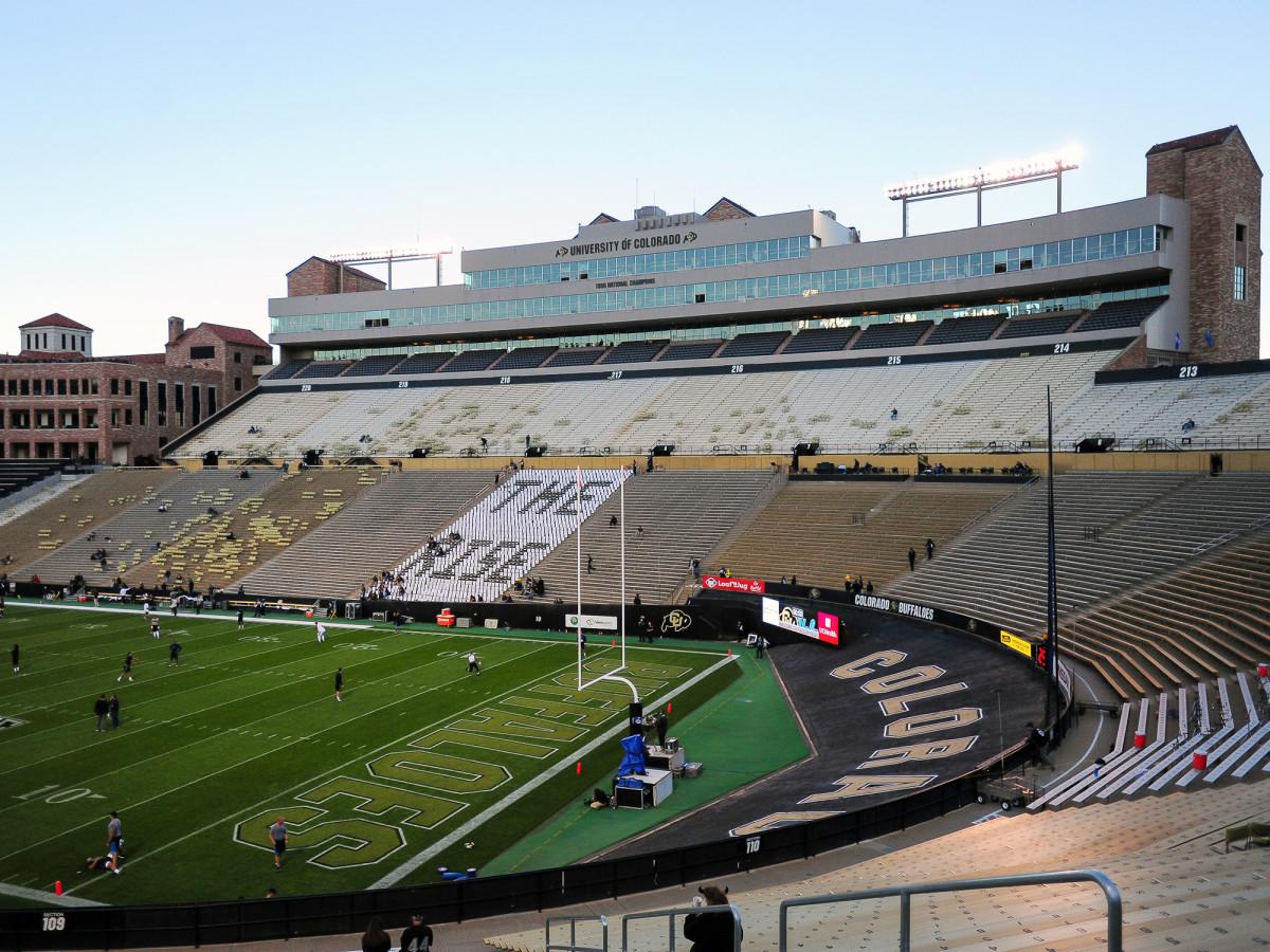 folsom-field-colorado-buffaloes-football-joe-tumpkin.jpg