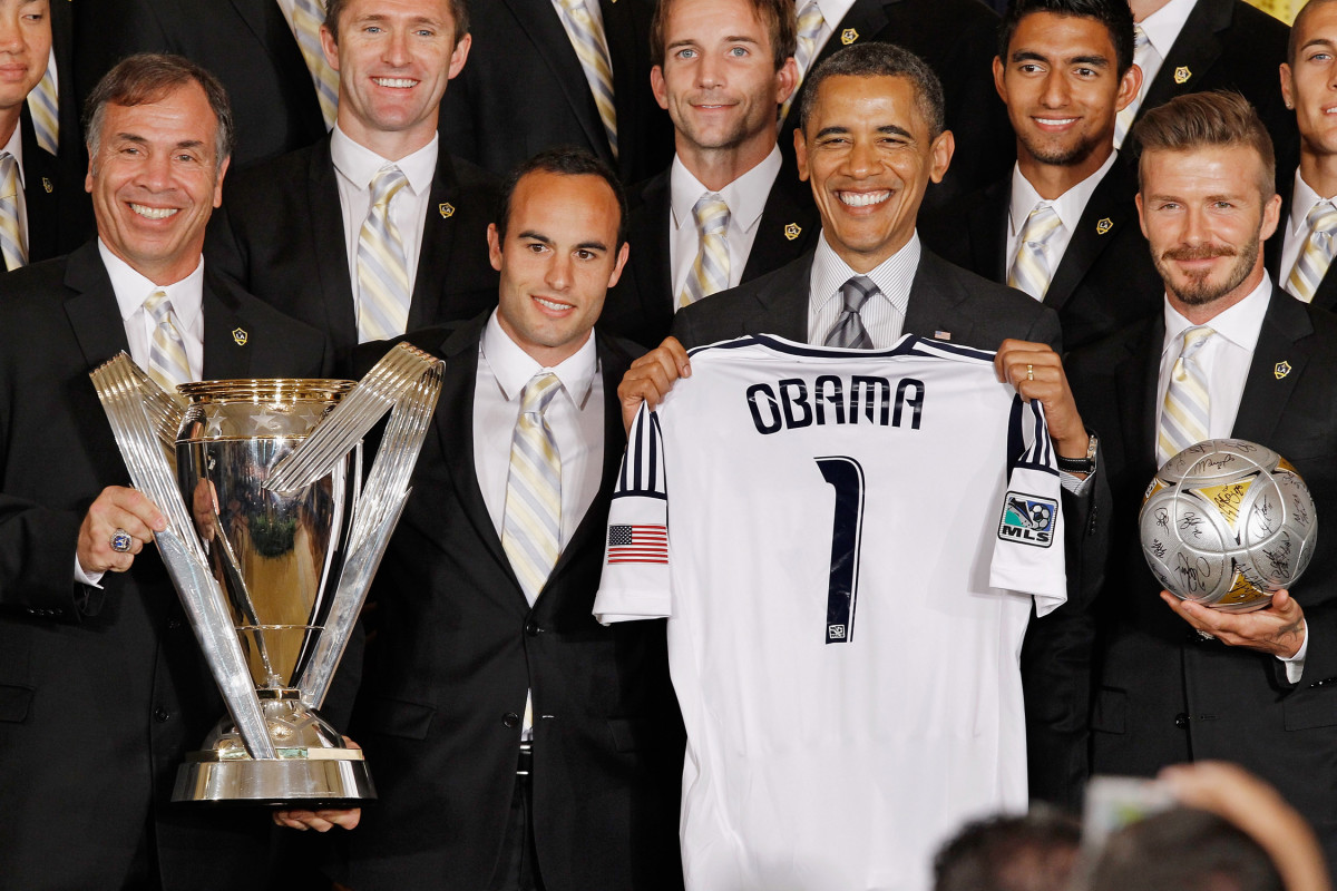 Bruce-Obama-Landon-Beckham-Gallery.jpg