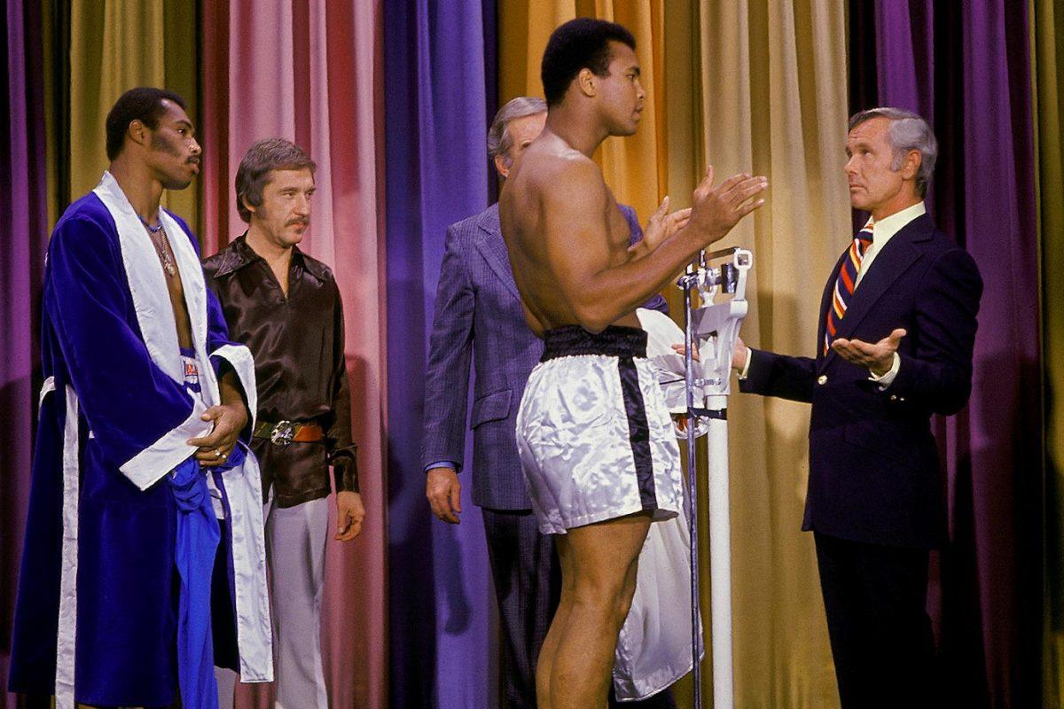 1973-Muhammad-Ali-Ken-Norton-Johnny-Carson-017019773.jpg