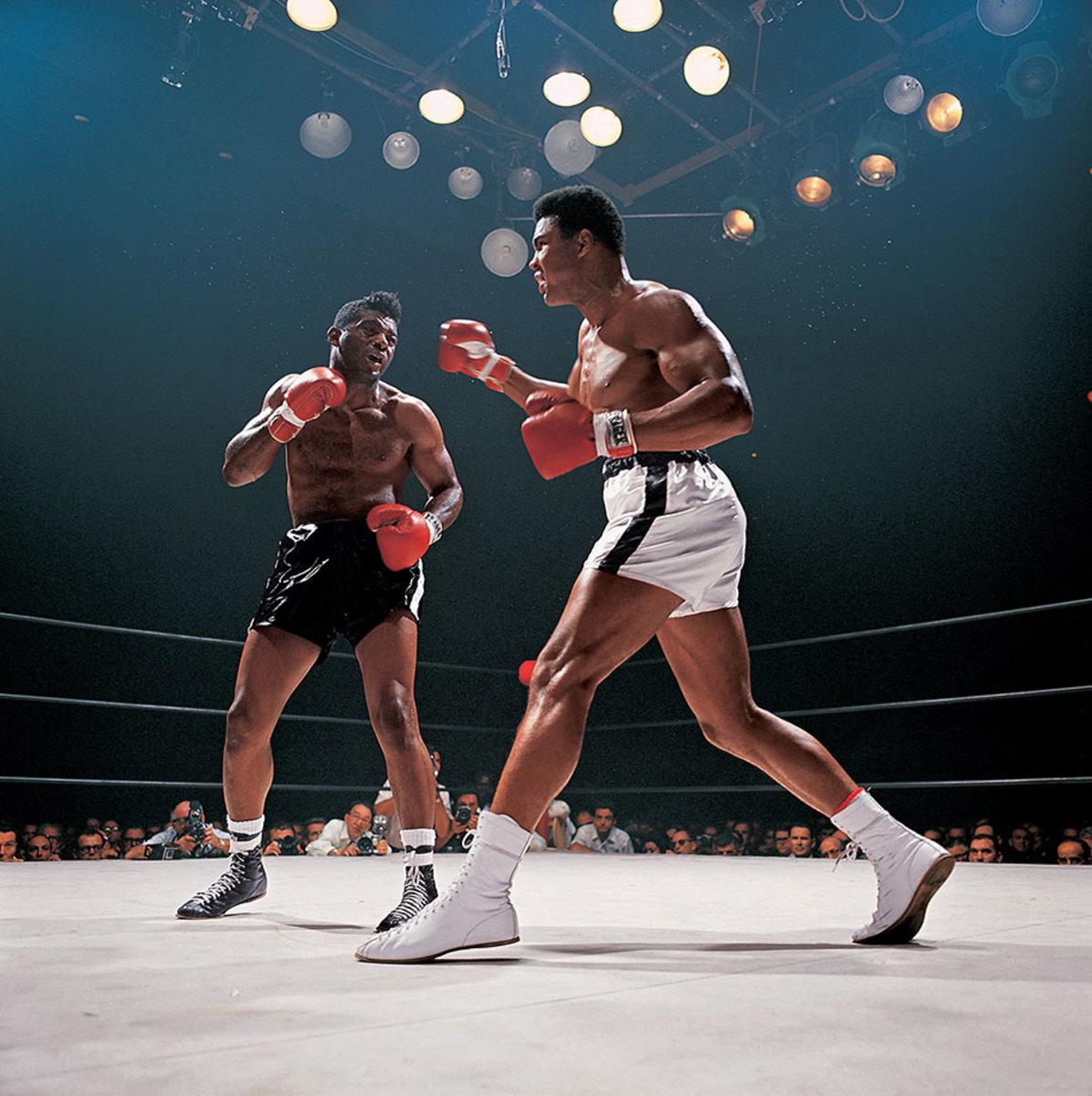 1965-1122-Muhammad-Ali-Floyd-Patterson-001314328.jpg