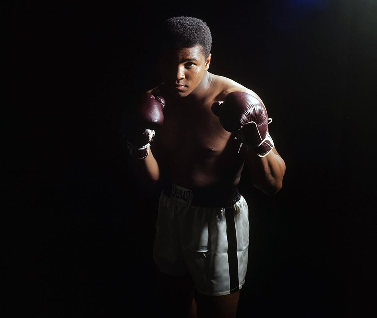1965-0402-Muhammad-Ali-079008499.jpg