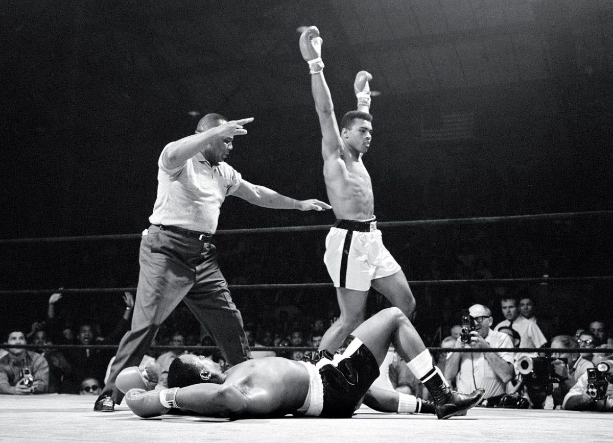 1965-0525-Muhammad-Ali-Sonny-Liston-II-001312920.jpg