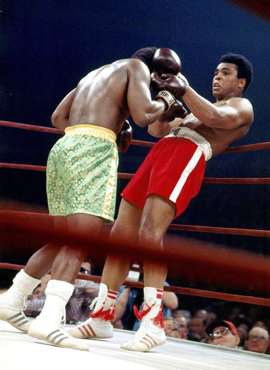 1971-0308-Muhammad-Ali-Joe-Frazier-014473413.jpg