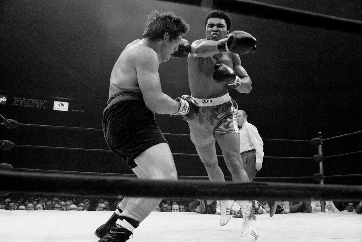 1970-1207-Muhammad-Ali-Oscar-Bonavena-014473459.jpg
