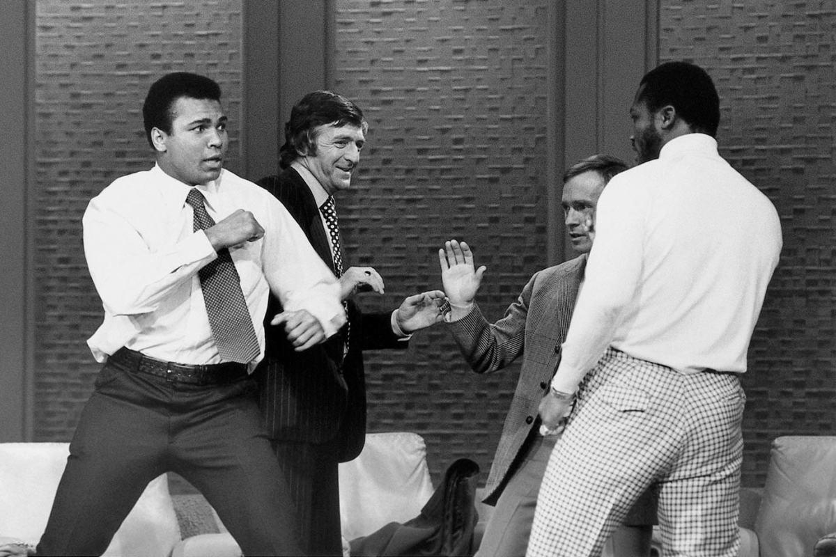 1974-Muhammad-Ali-Joe-Frazier-014473363.jpg